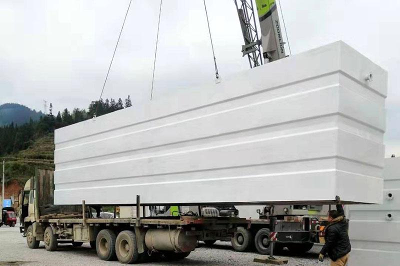 工程现场吊装卸货